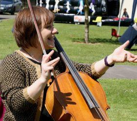 Liv McLennan with cello