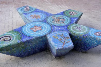 Starfish bench